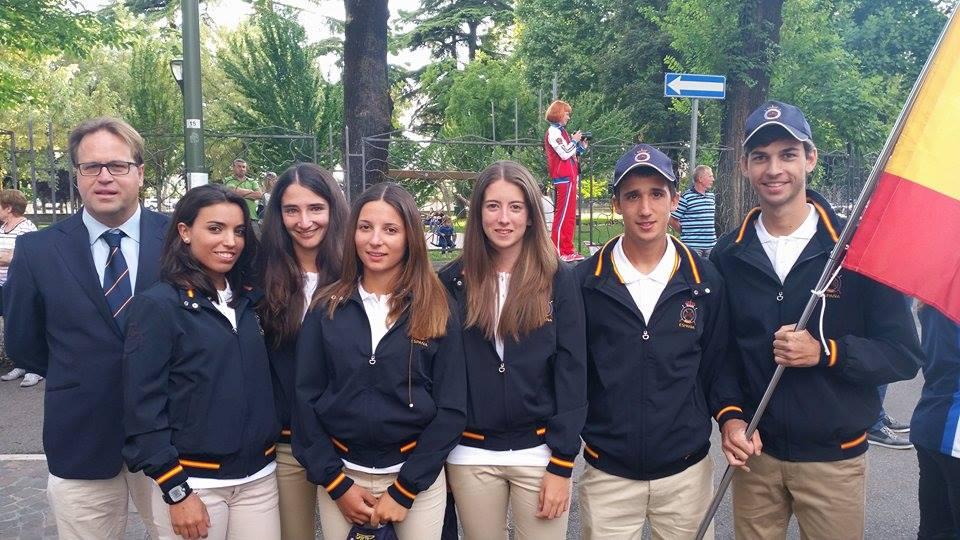 Equipo español de jovenes jinetes en el Campeonato de Europa de raid en Verona durante la ceremonia inaugural